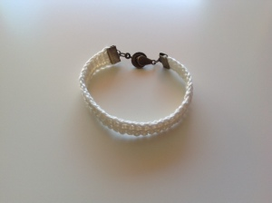 Bracelet au crochet 10€