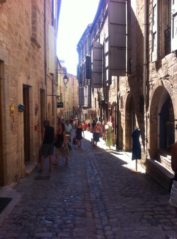 Rue pavée dans Pézenas