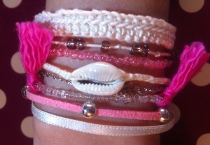 bracelet manchette multiple rose