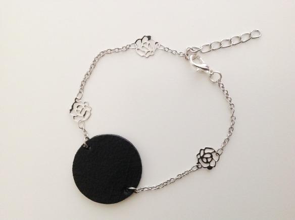 bracelet en cuir rond noir